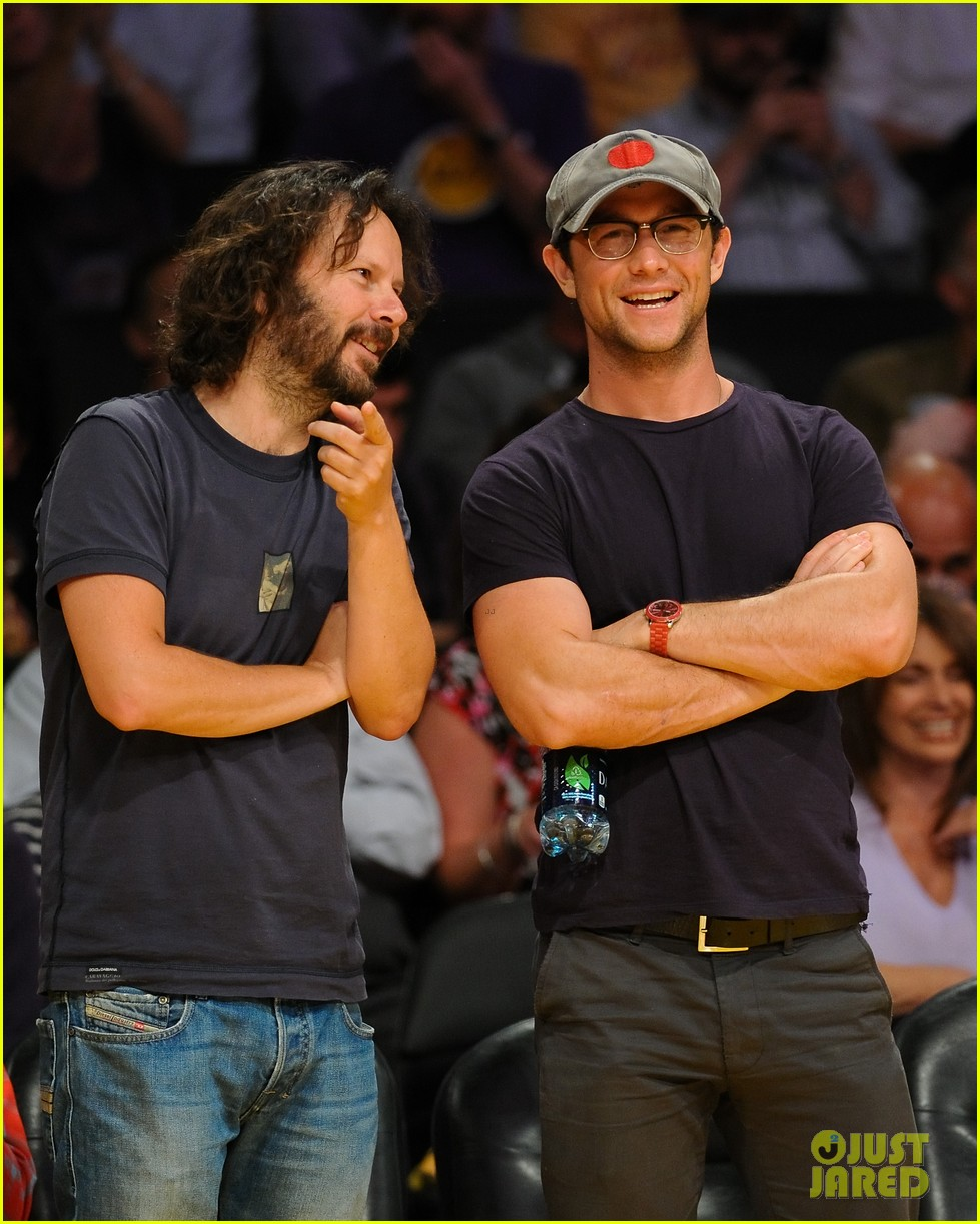 joseph gordon levitt lakers courtside tickets 032659482