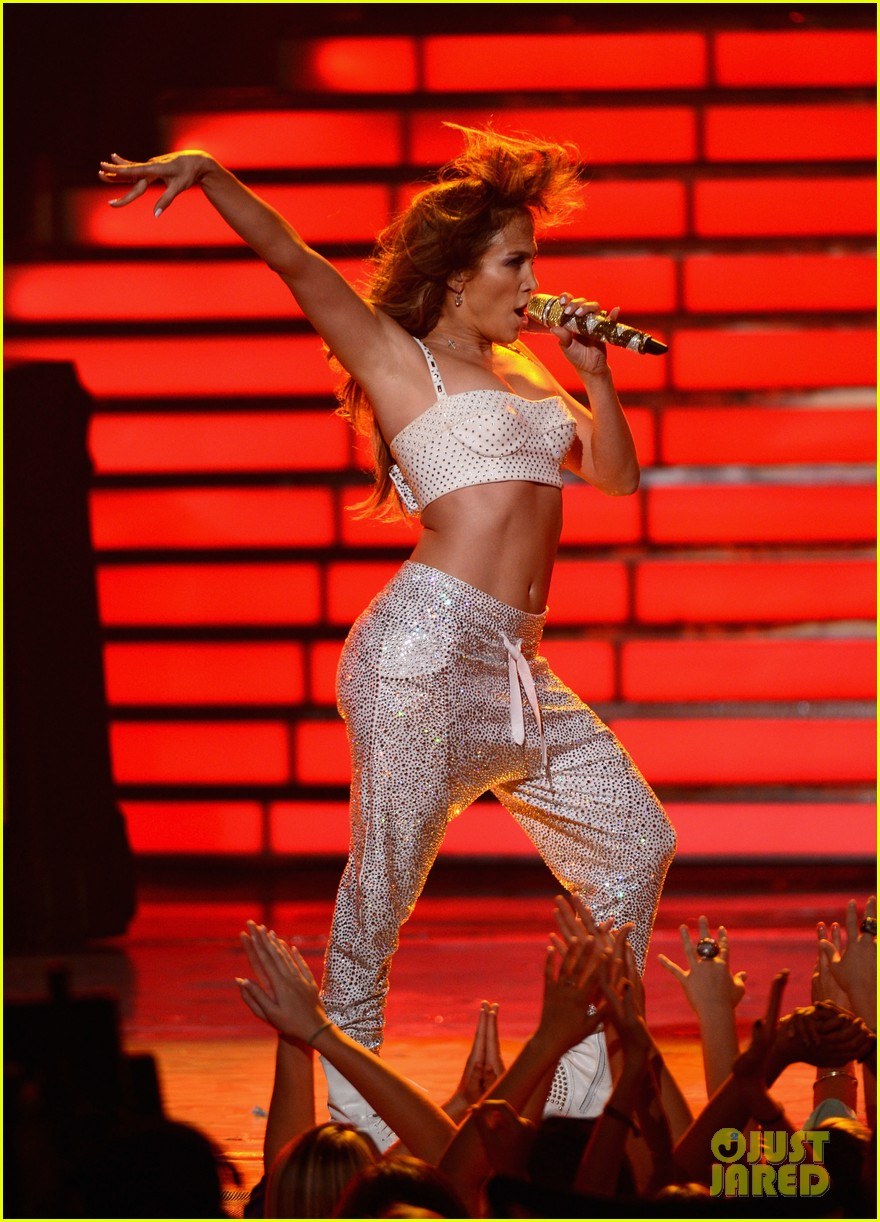 jennifer lopez american idol finale performance 04