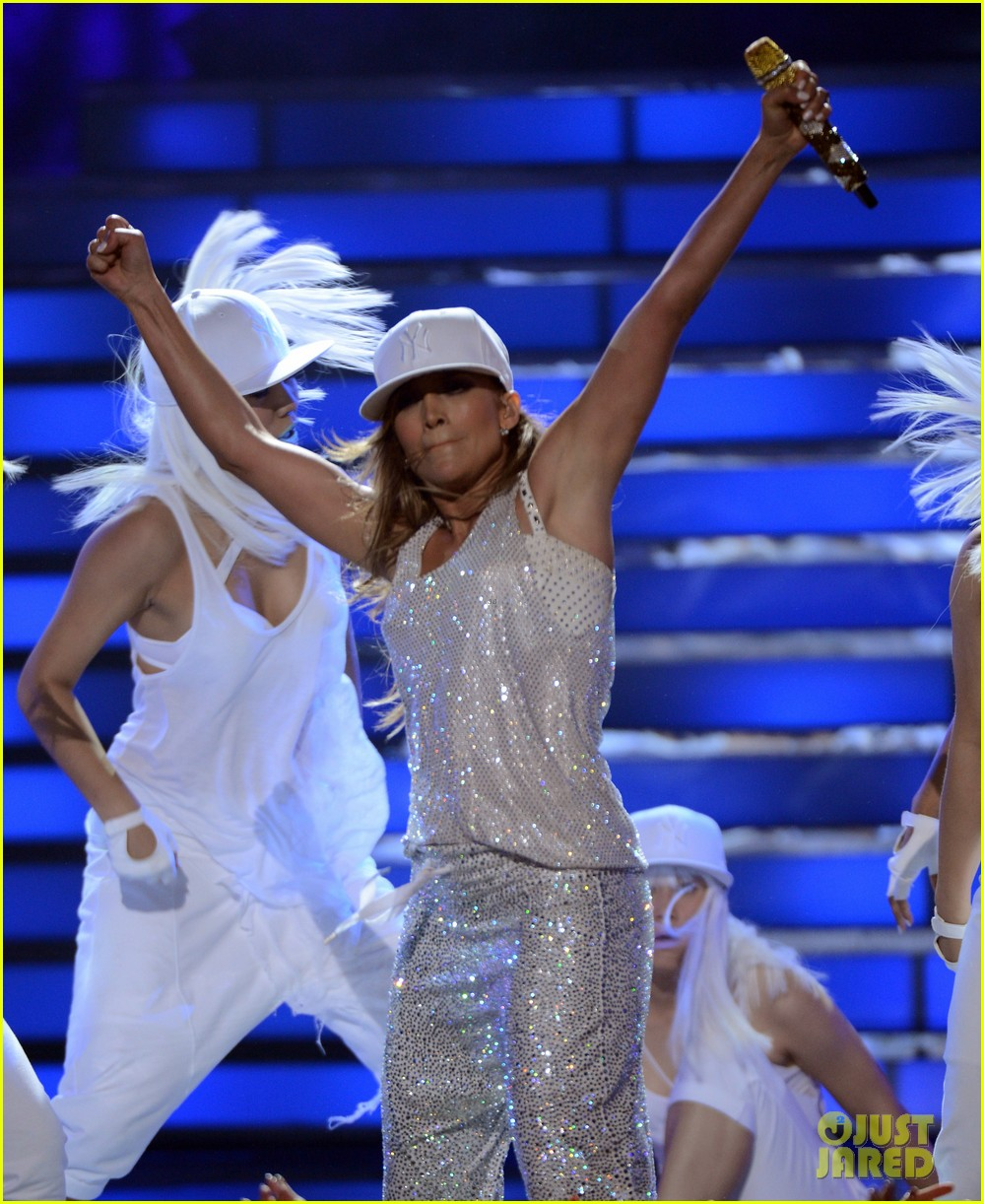 jennifer lopez american idol finale performance 16