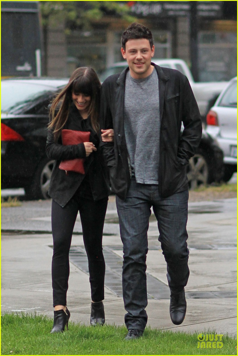 lea michele cory monteith sushi vancouver 17