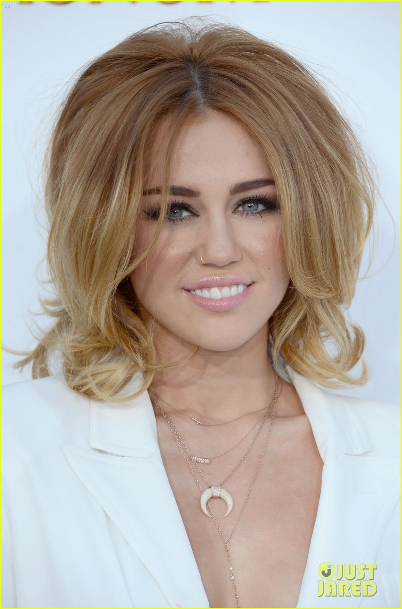 miley cyrus billboard awards 2012 03
