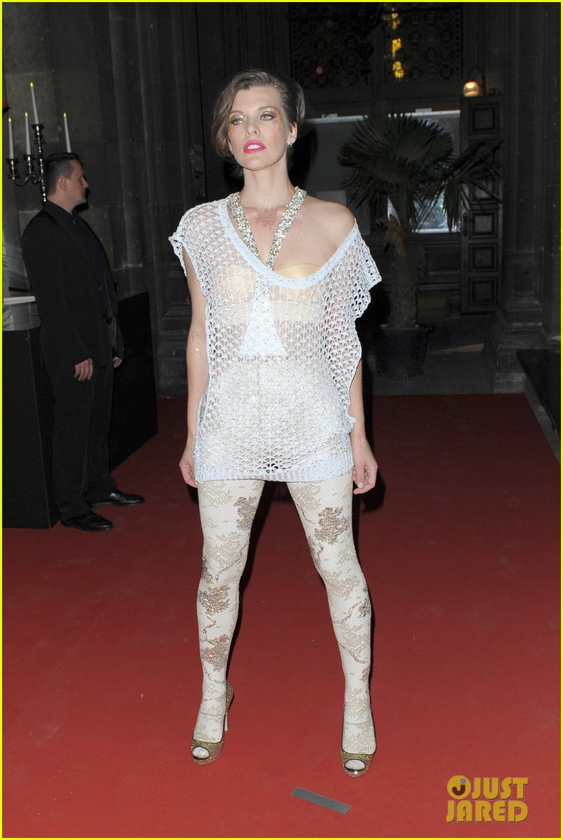 Full Sized Photo of milla jovovich life ball event 14 | Photo 2664468 ...