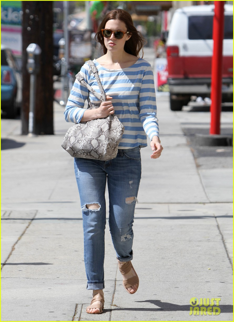 mandy moore shopping 06