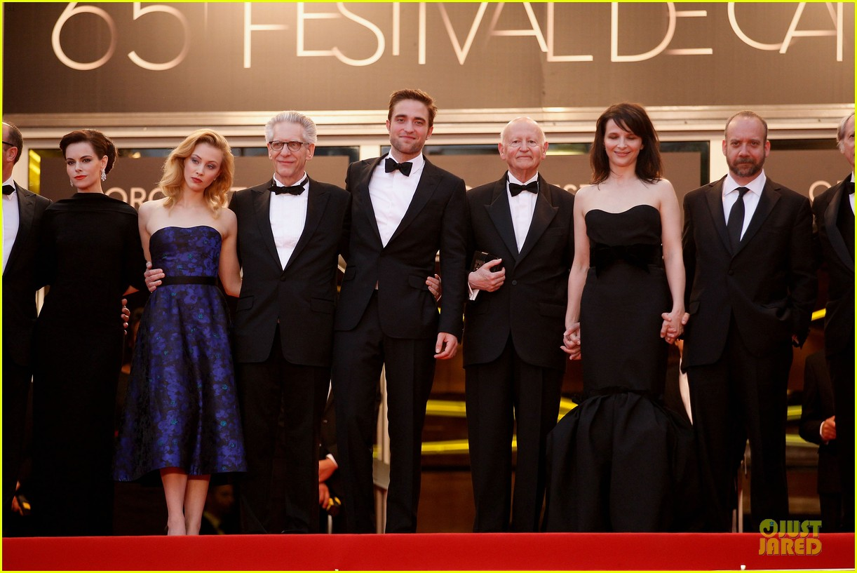 robert pattinson cosmopolis cannes premiere 15