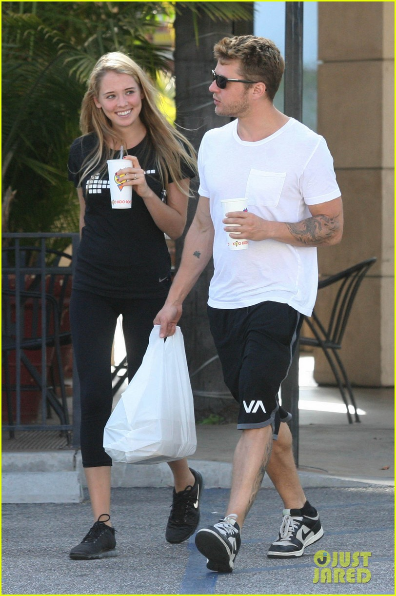 ryan phillippe paulina slagter coldplay lunch 01