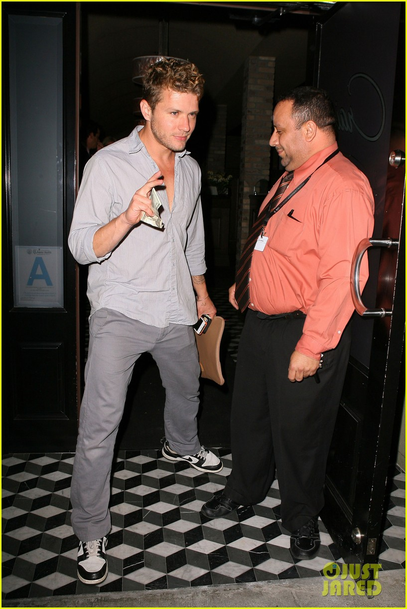 ryan phillippe craigs night out 07