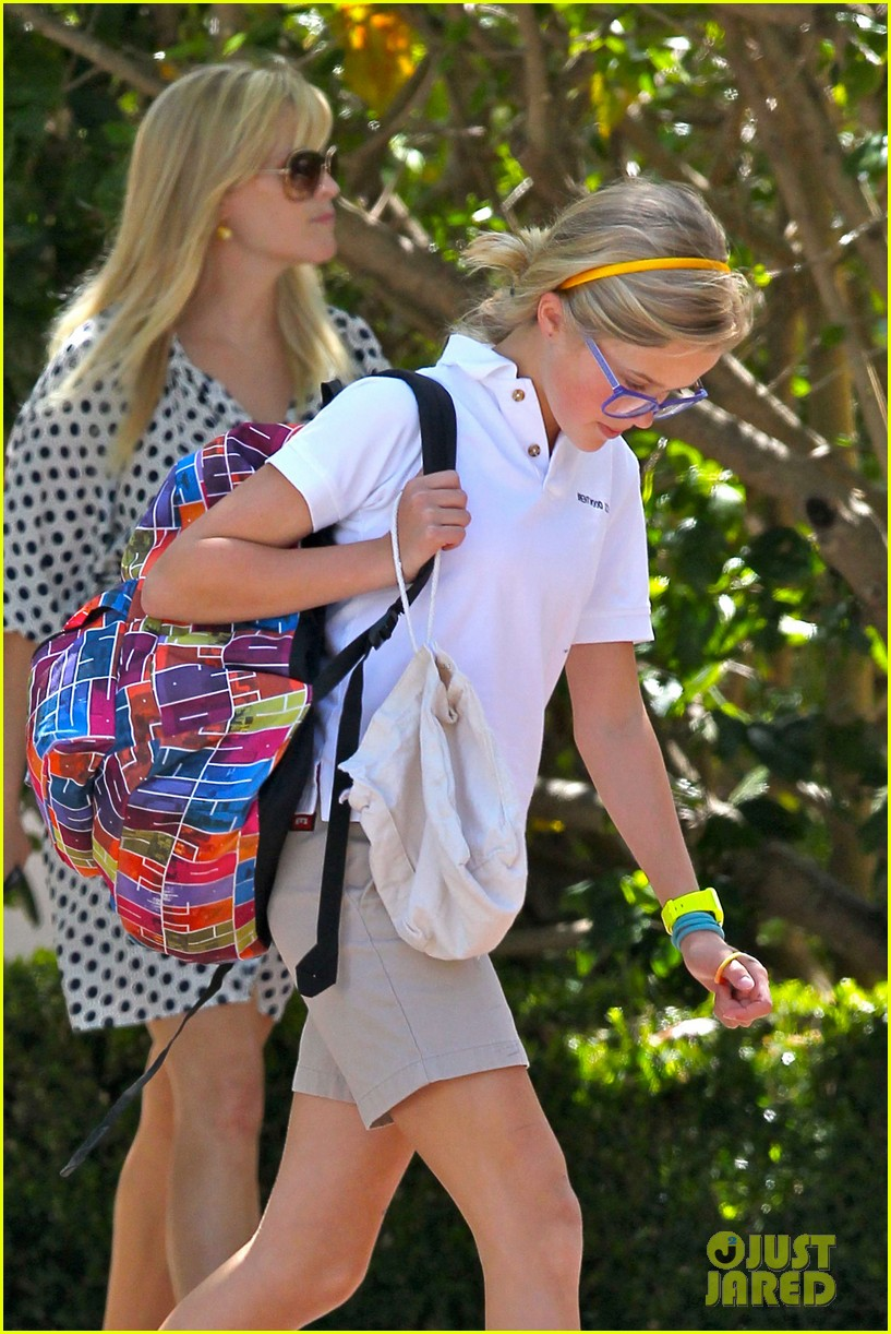 reese witherspoon brentwood school 15