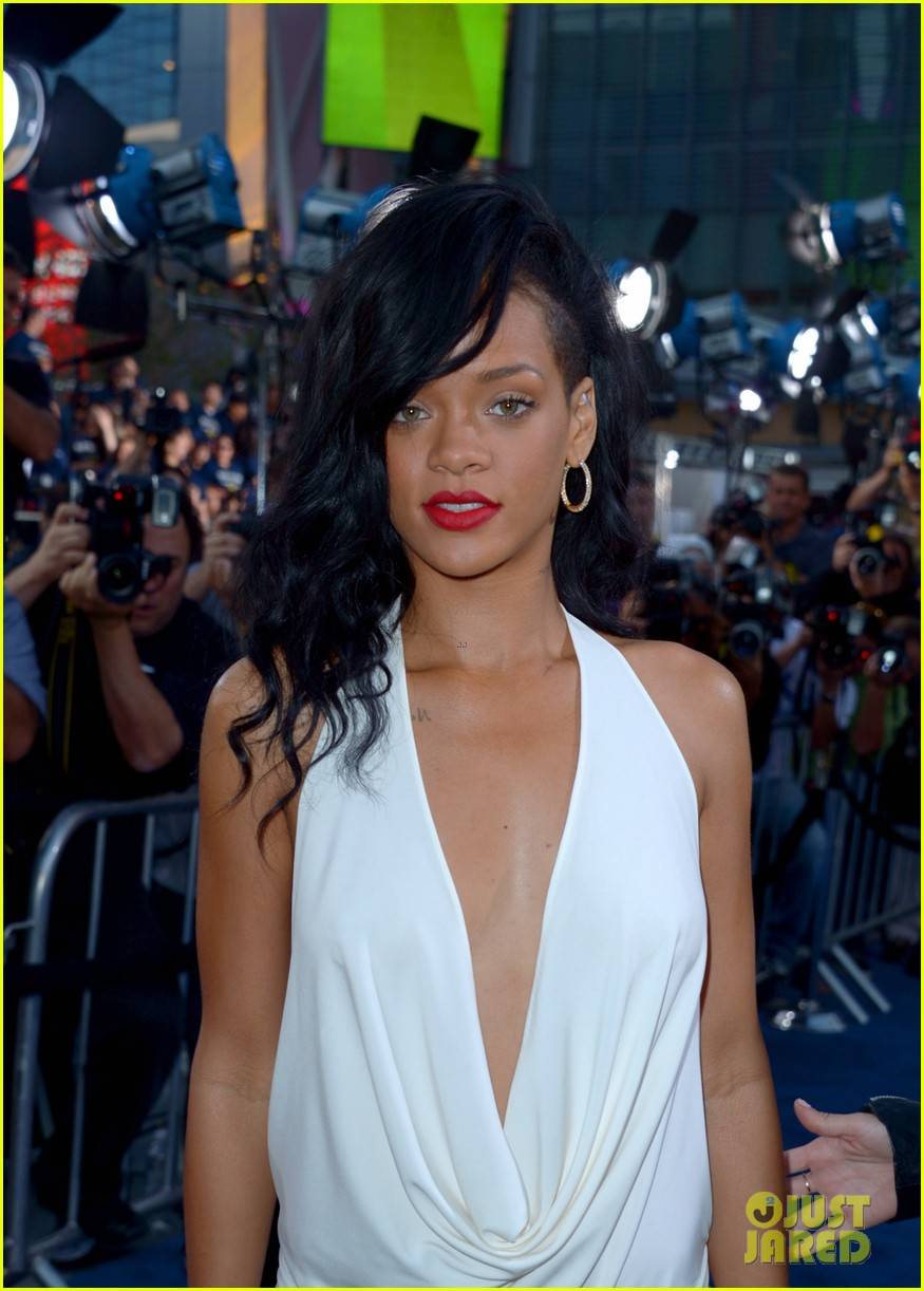rihanna battleship premiere 15