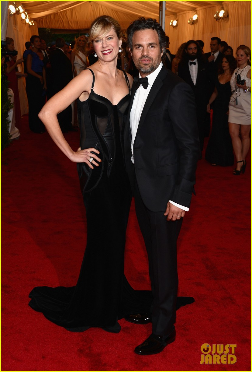 mark ruffalo ben stiller 2012 met ball 02