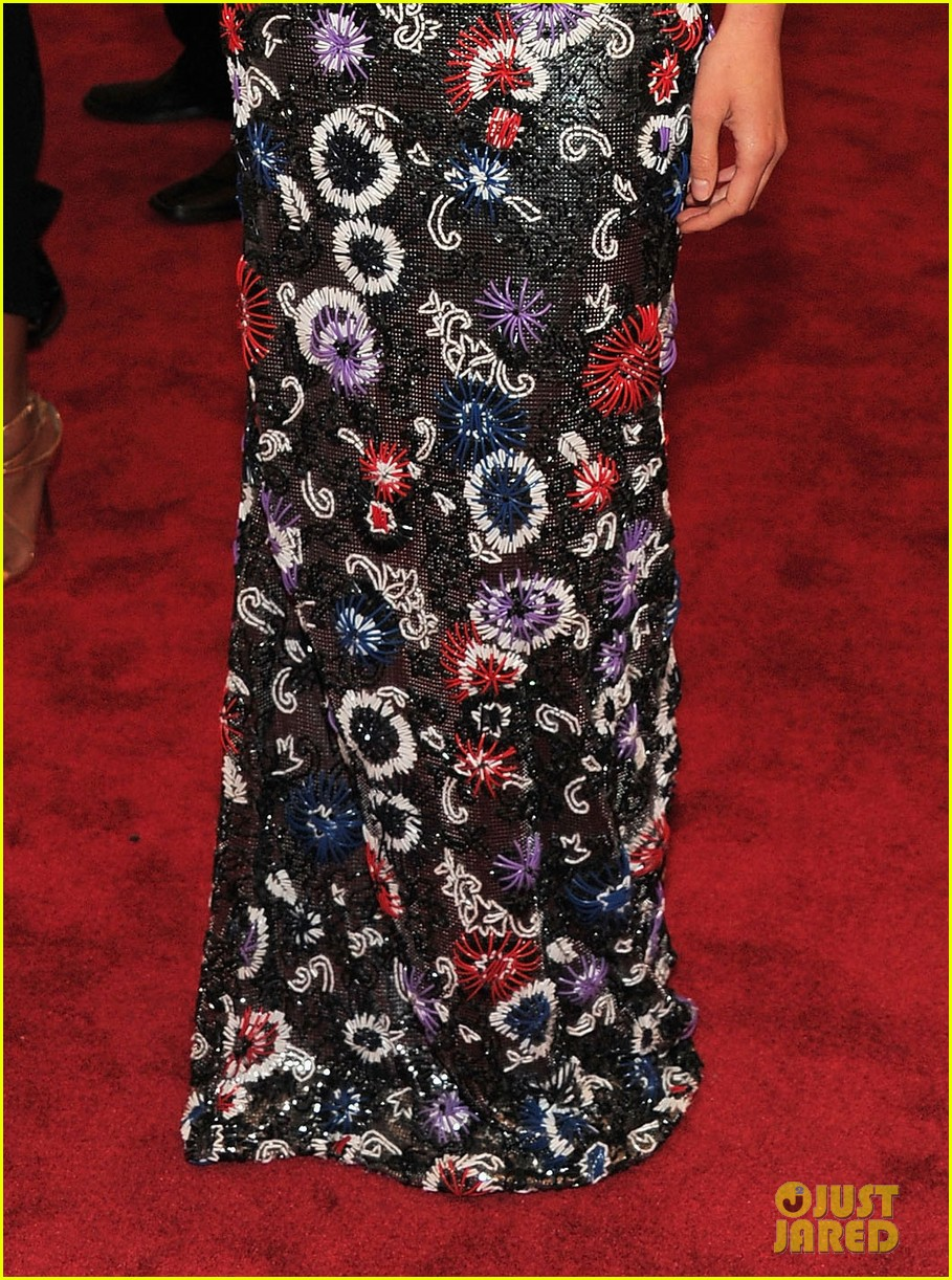 shailene woodley met ball 2012 04