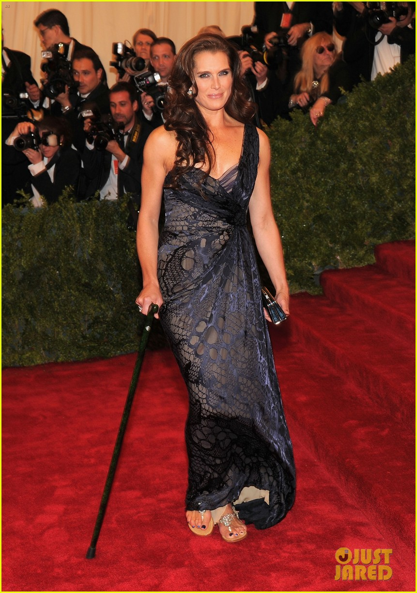 brooke shields michelle dockery met ball 2012 07