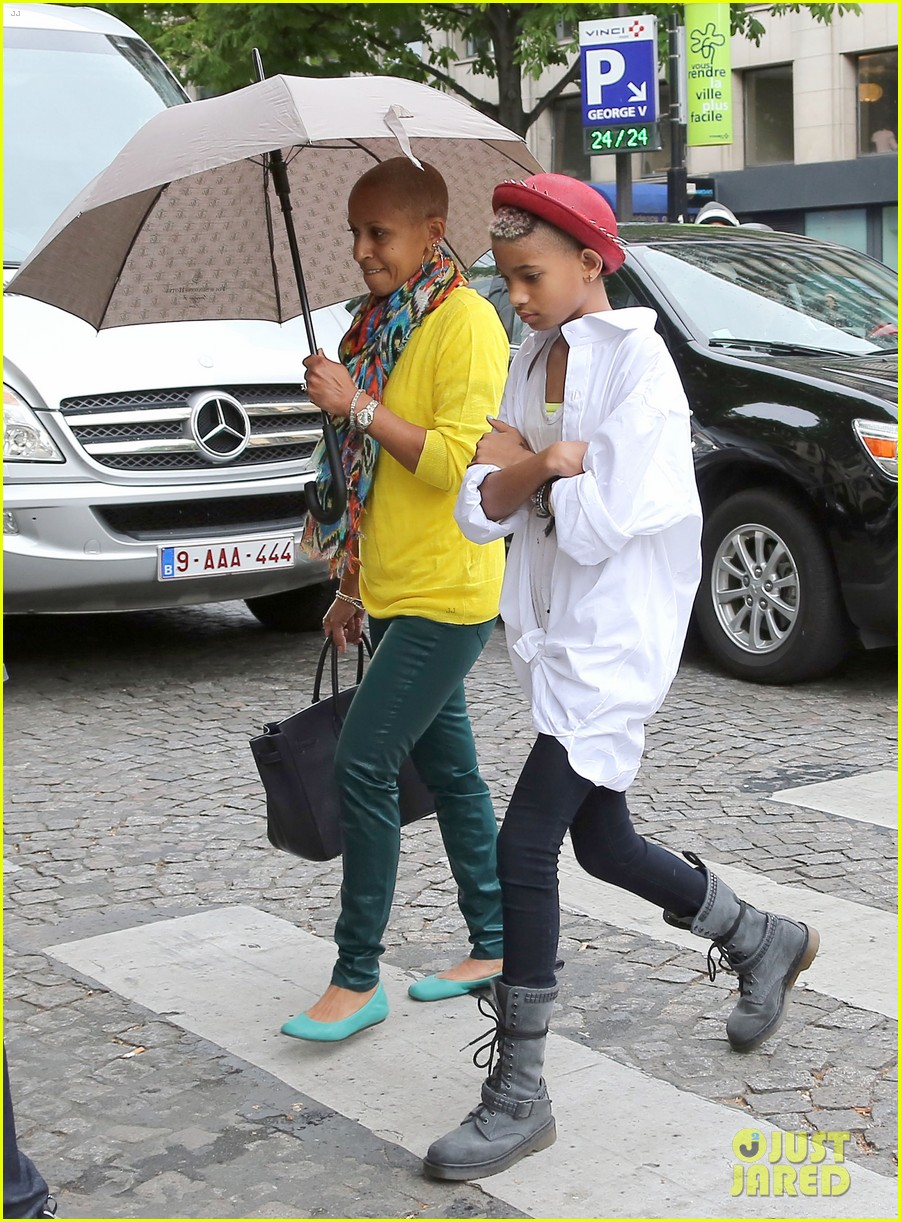 willow smith cartier paris 05