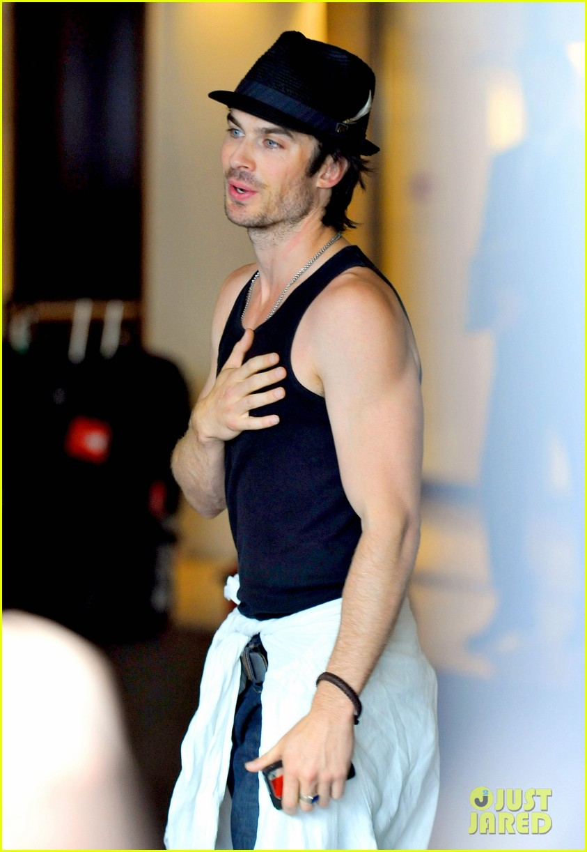 ian somerhalder leaves paris hotel 022667925
