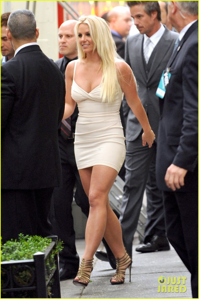 britney spears demi lovato fox upfronts 04