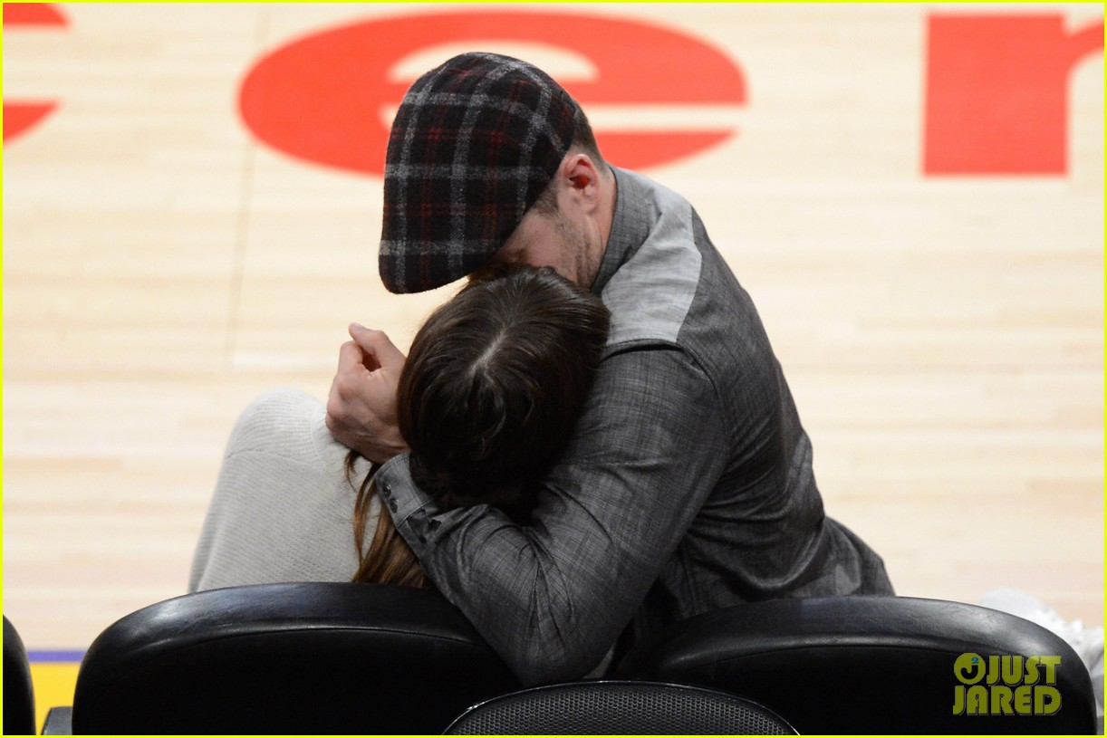 justin timberlake jessica biel lakers game 06