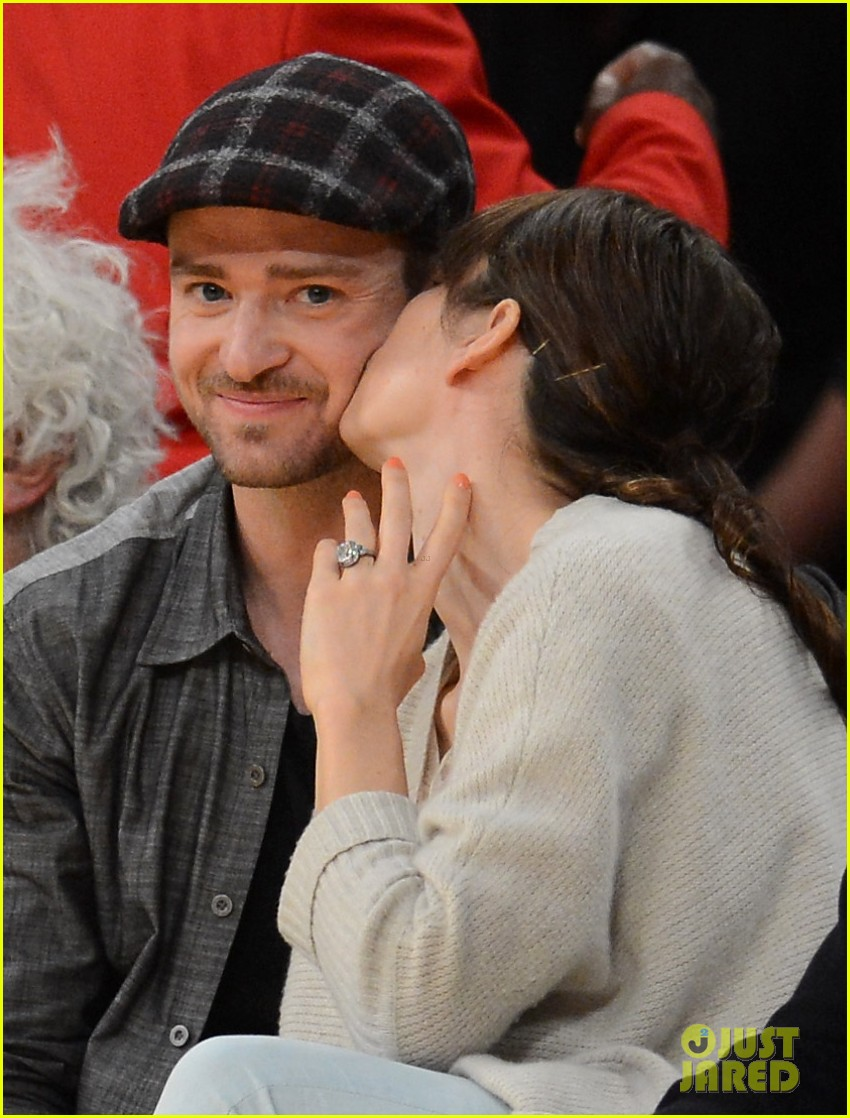 justin timberlake jessica biel lakers game 13