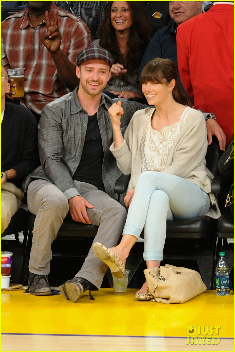 justin timberlake jessica biel lakers game 14