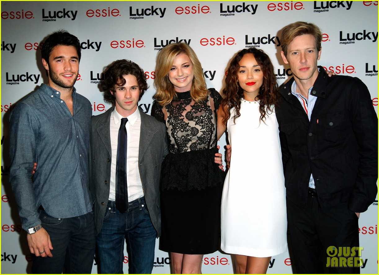 emily vancamp lucky party revenge cast 03