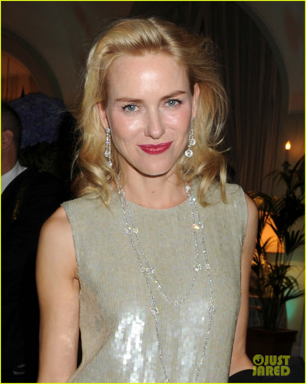 naomi watts salma hayek vanity fair party at cannes 02