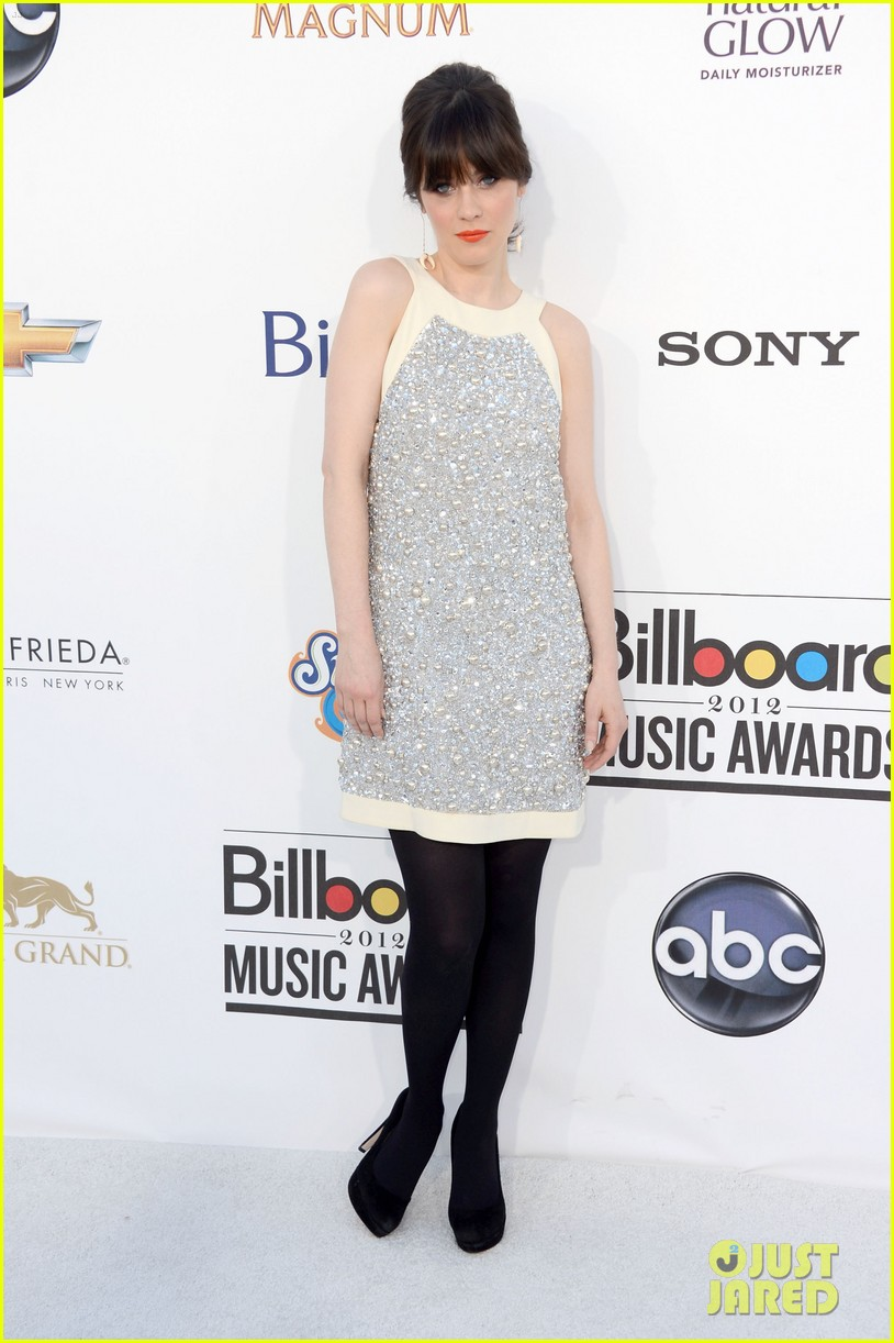 zooey deschanel billboard awards 2012 03