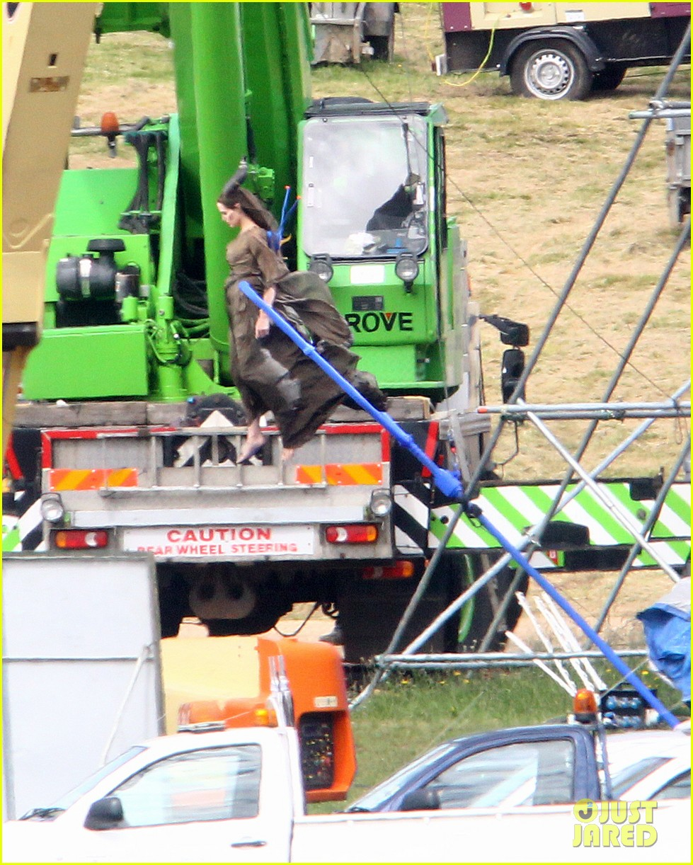 angelina jolie maleficent stunts 05