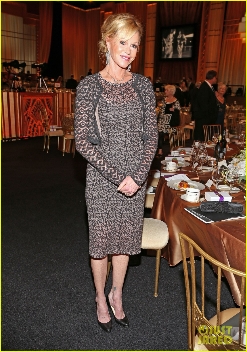 jennifer aniston afi award ceremony for shirley maclaine 14