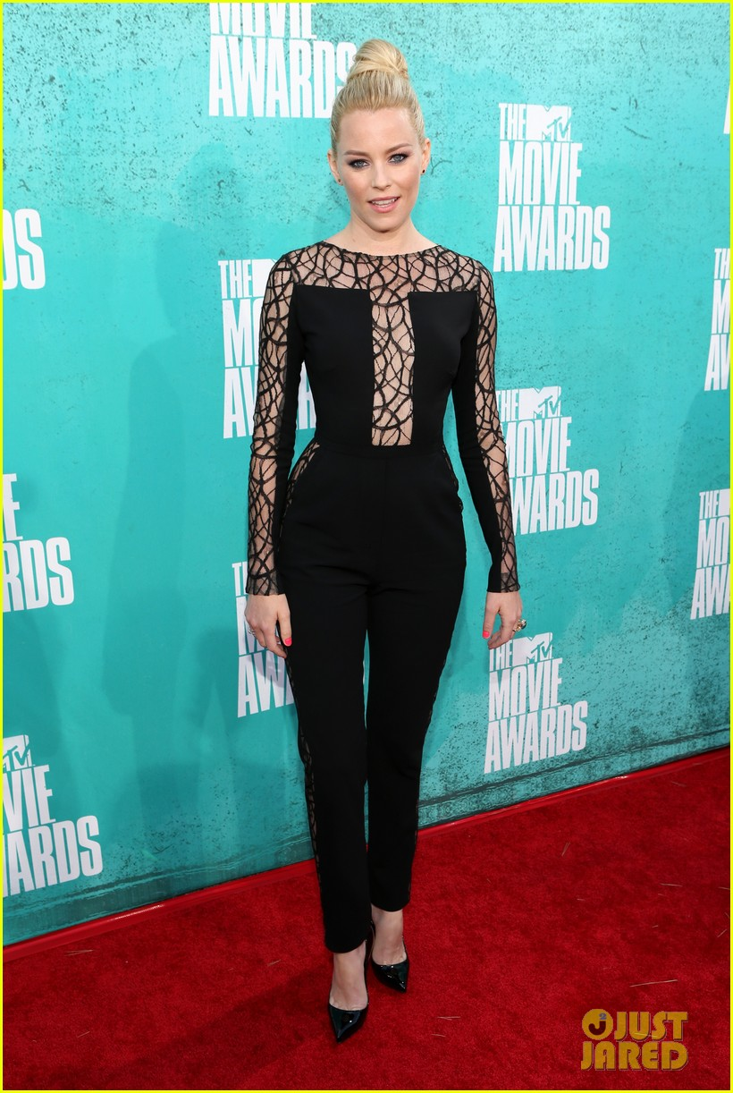 elizabeth banks mtv movie awards 2012 04