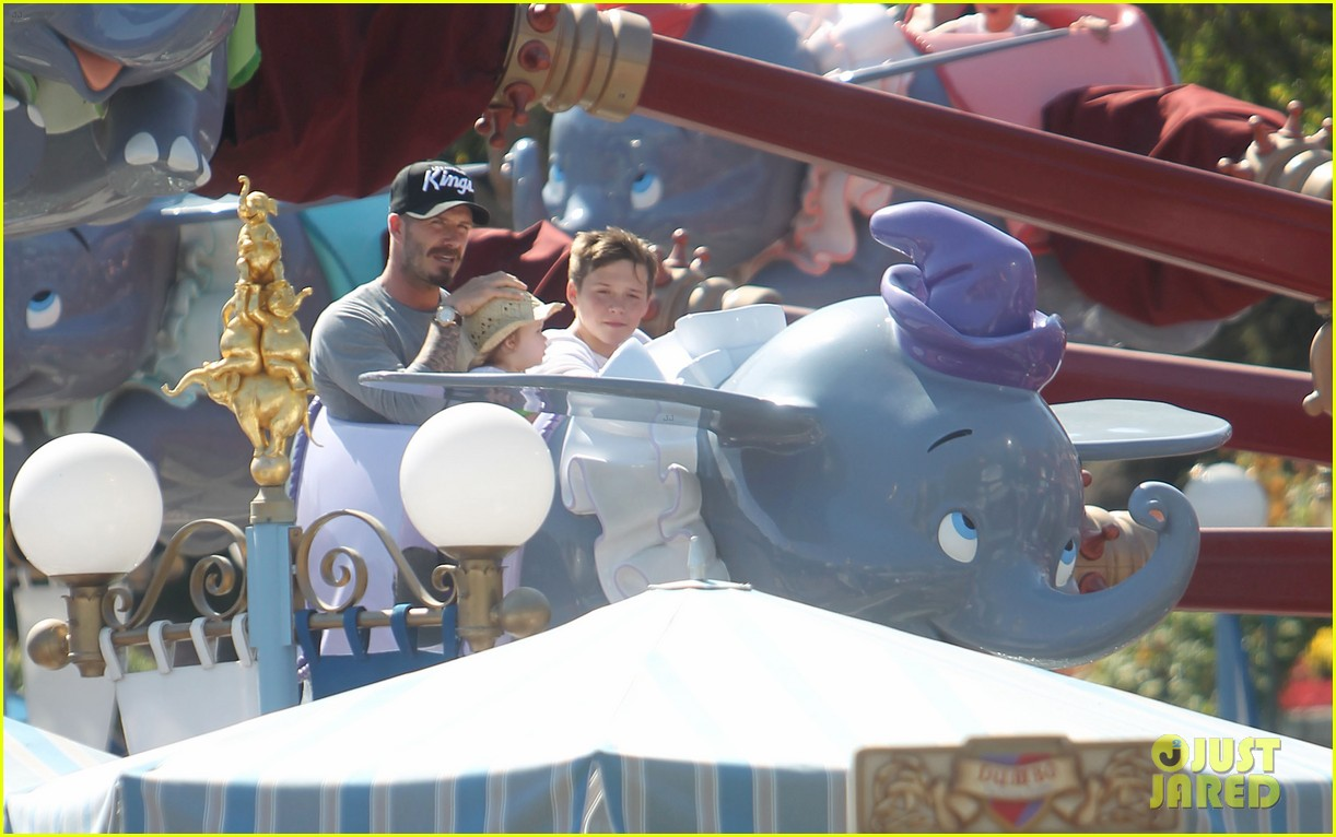 beckham family disney day 11