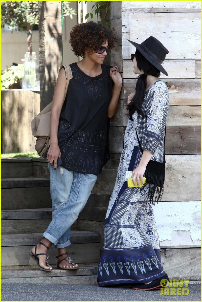 halle berry eveleigh lunch 13