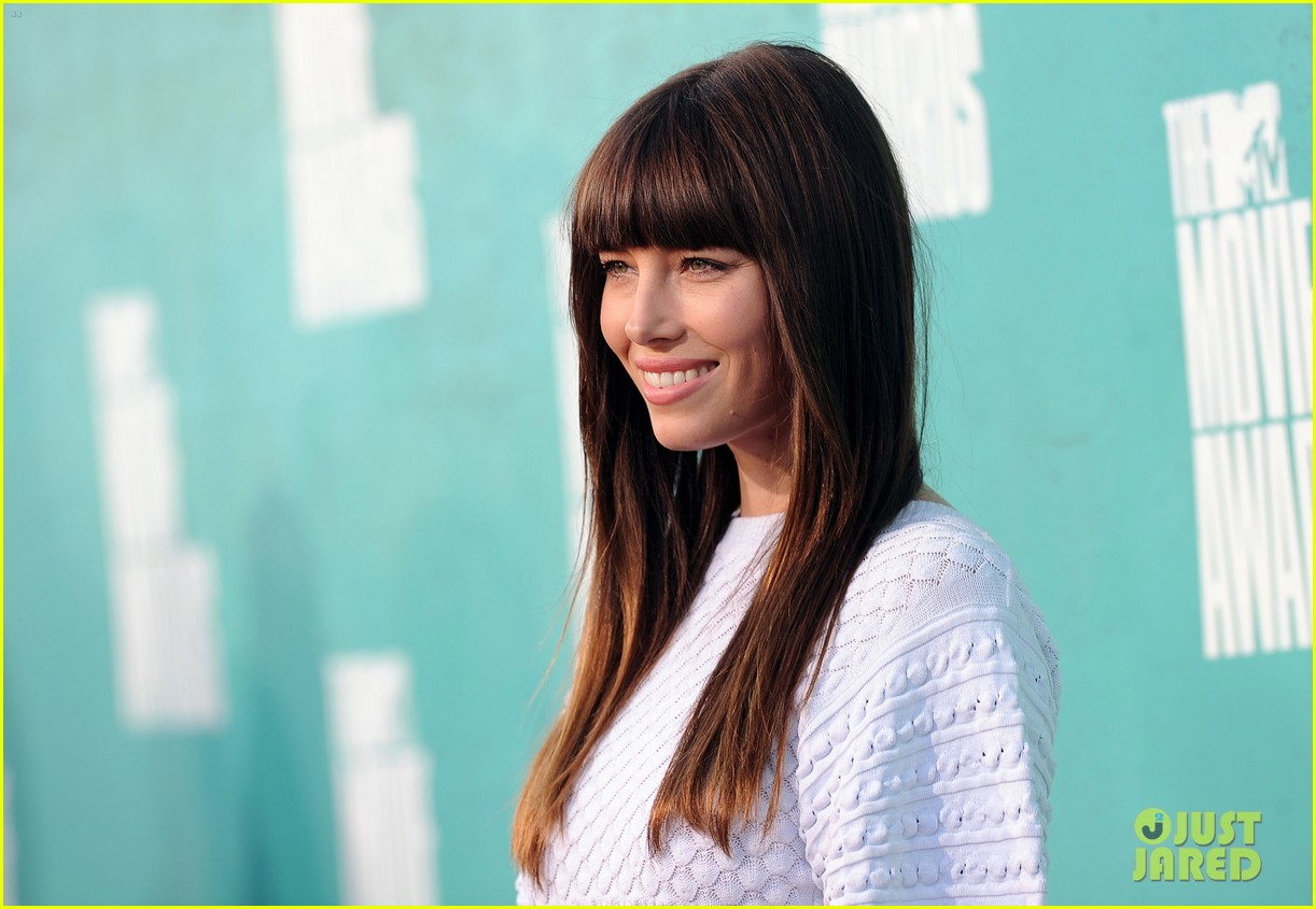 jessica biel mtv movie awards 2012 01