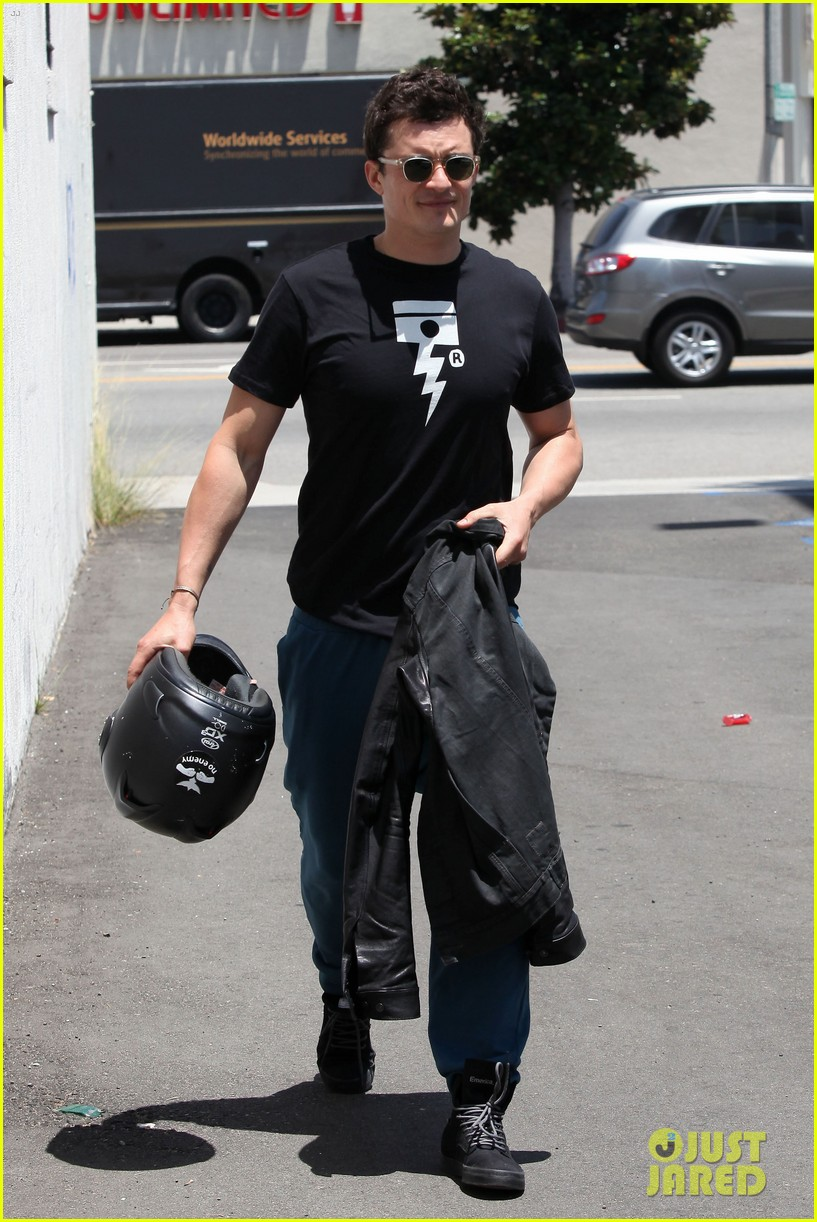 orlando bloom biker boy in beverly hills 16