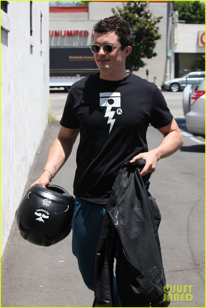 orlando bloom biker boy in beverly hills 182674224