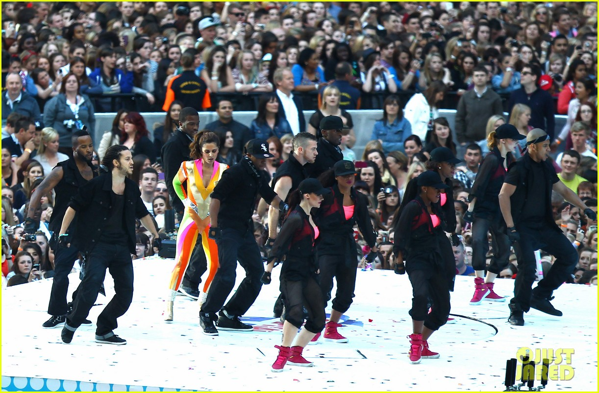 cheryl cole rita ora summertime ball 27