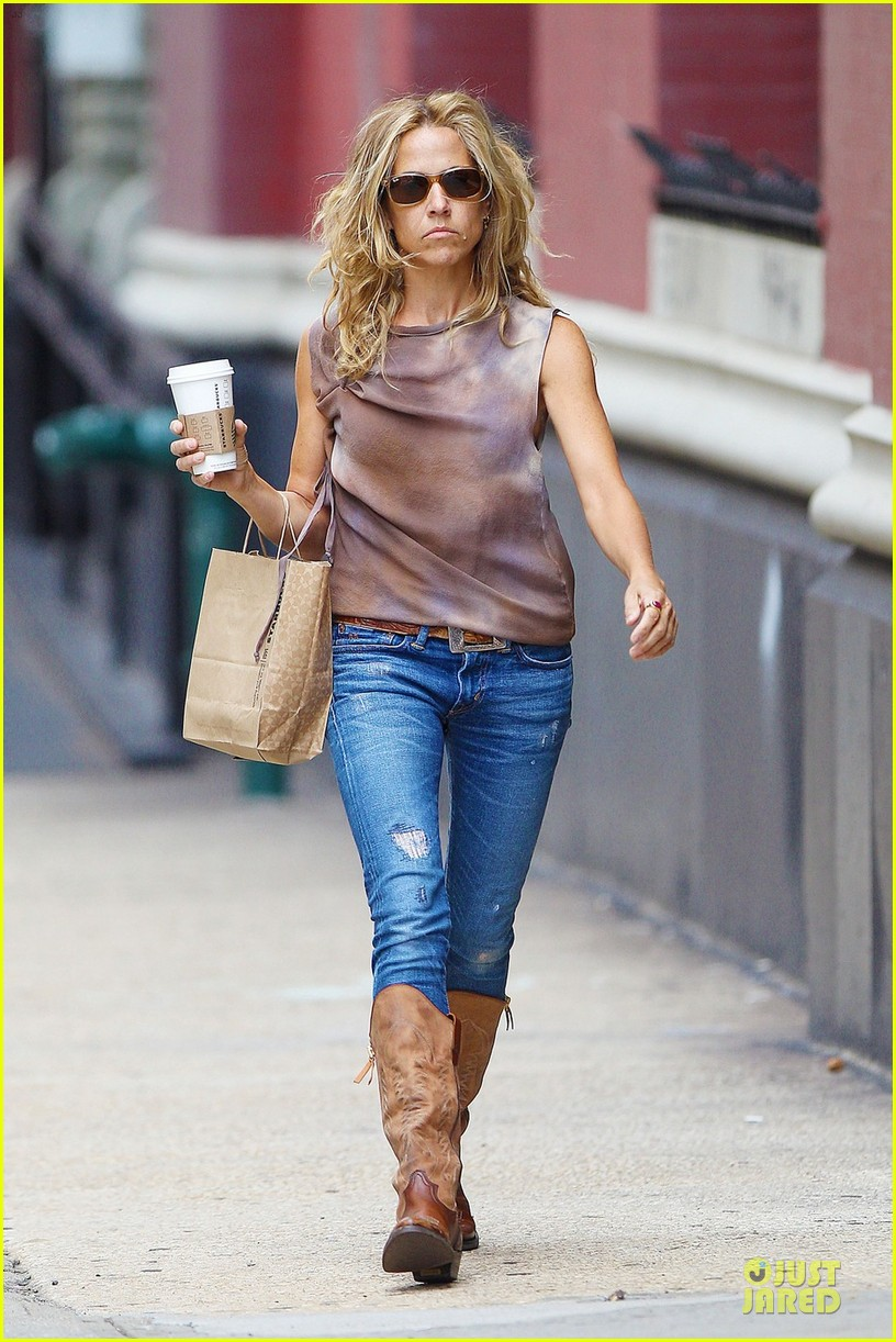 sheryl crow starbucks 01