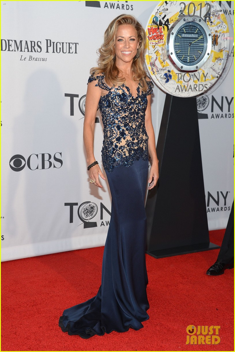 sheryl crow tony awards 2012 red carpet 05