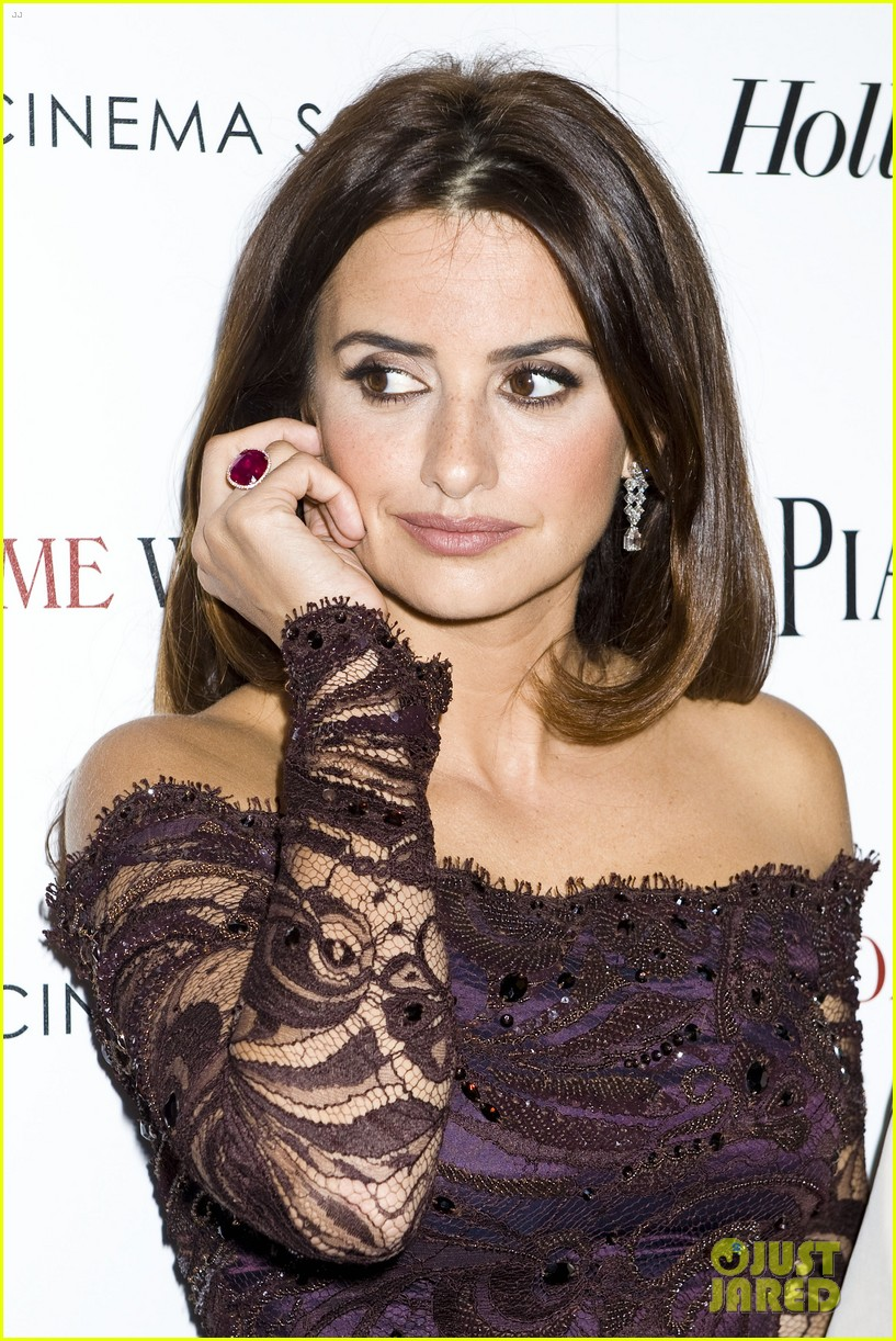 penelope cruz to rome with love screening 15