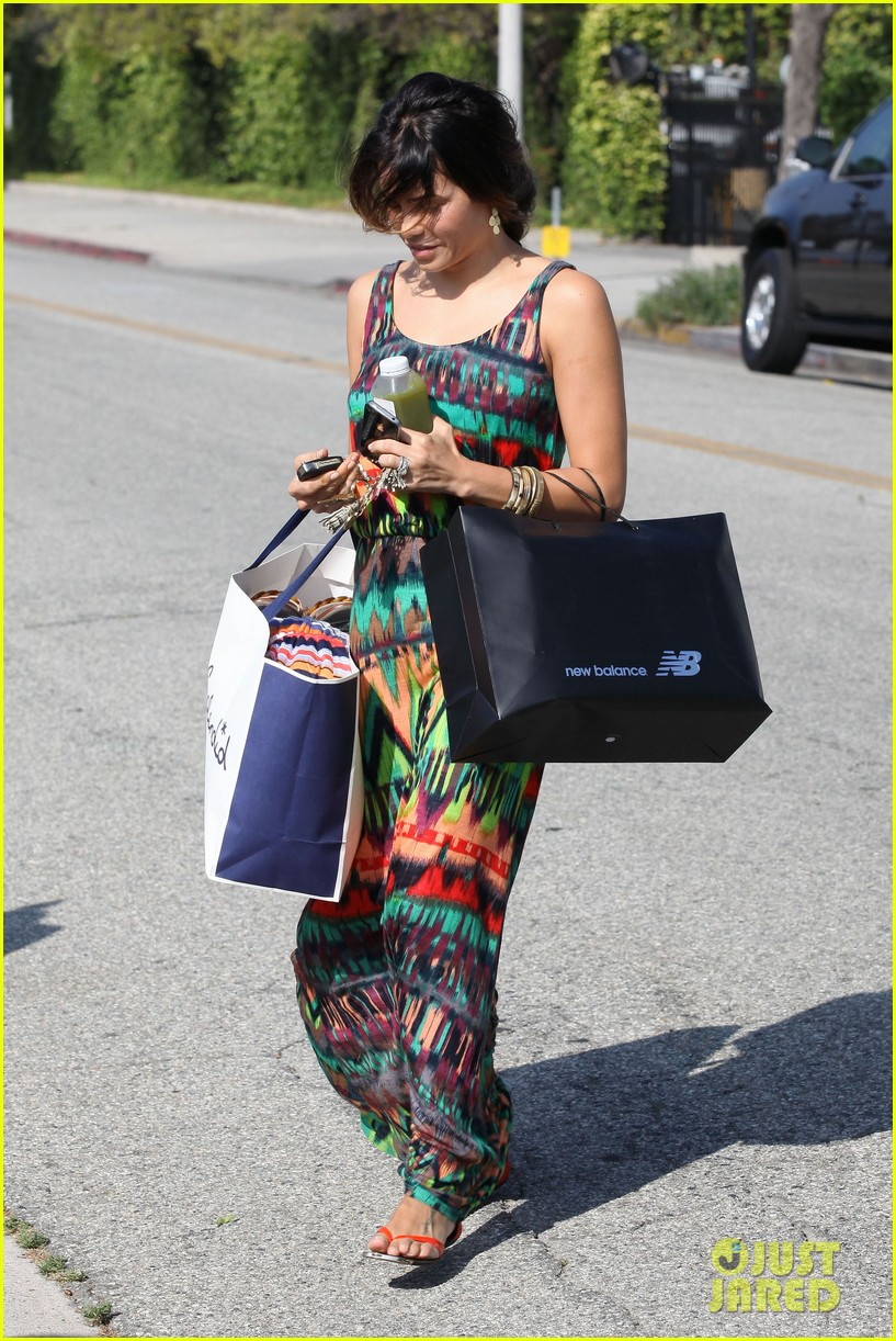 jenna dewan shopping in beverly hills 05
