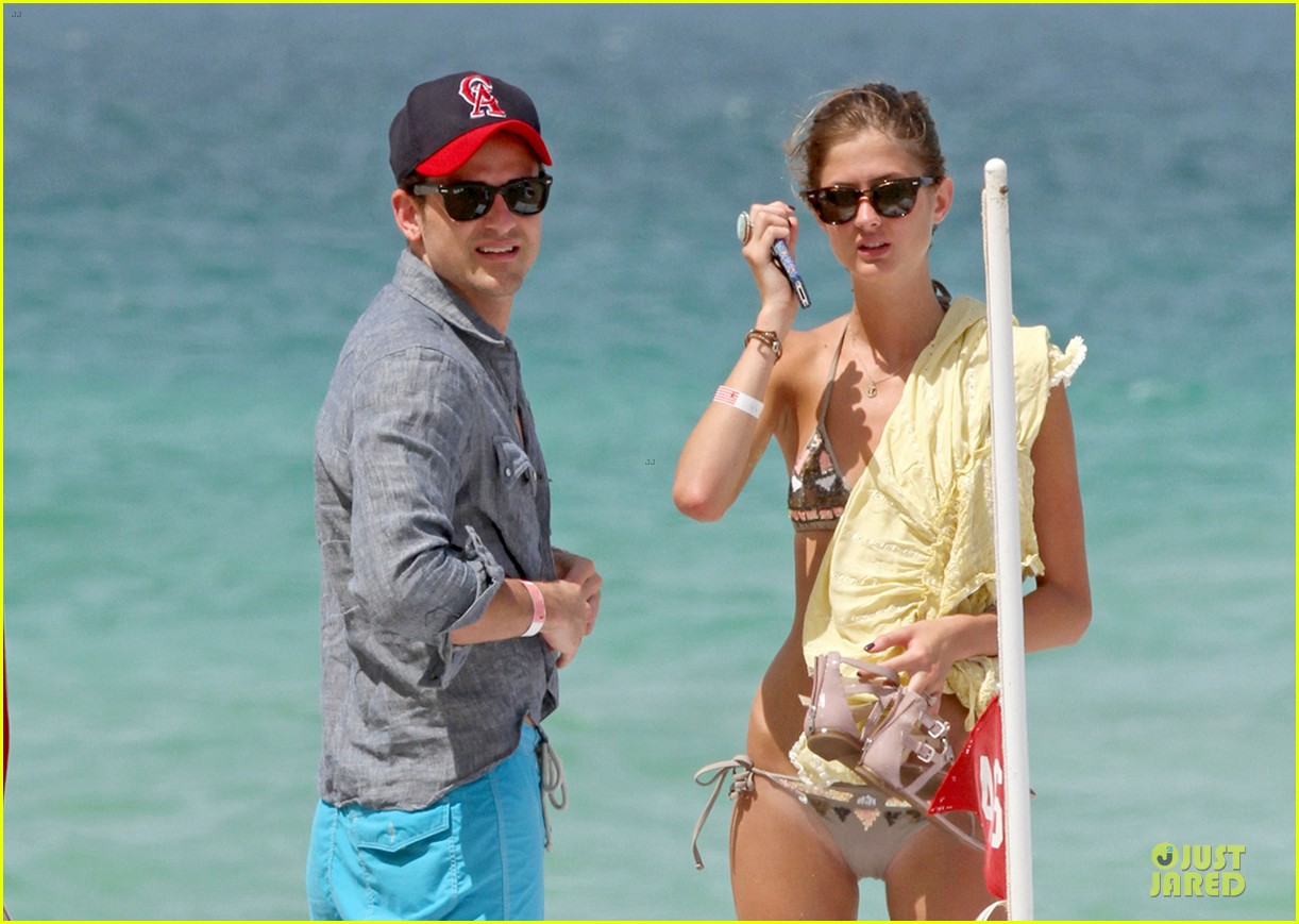 jared followill shirtless miami 06
