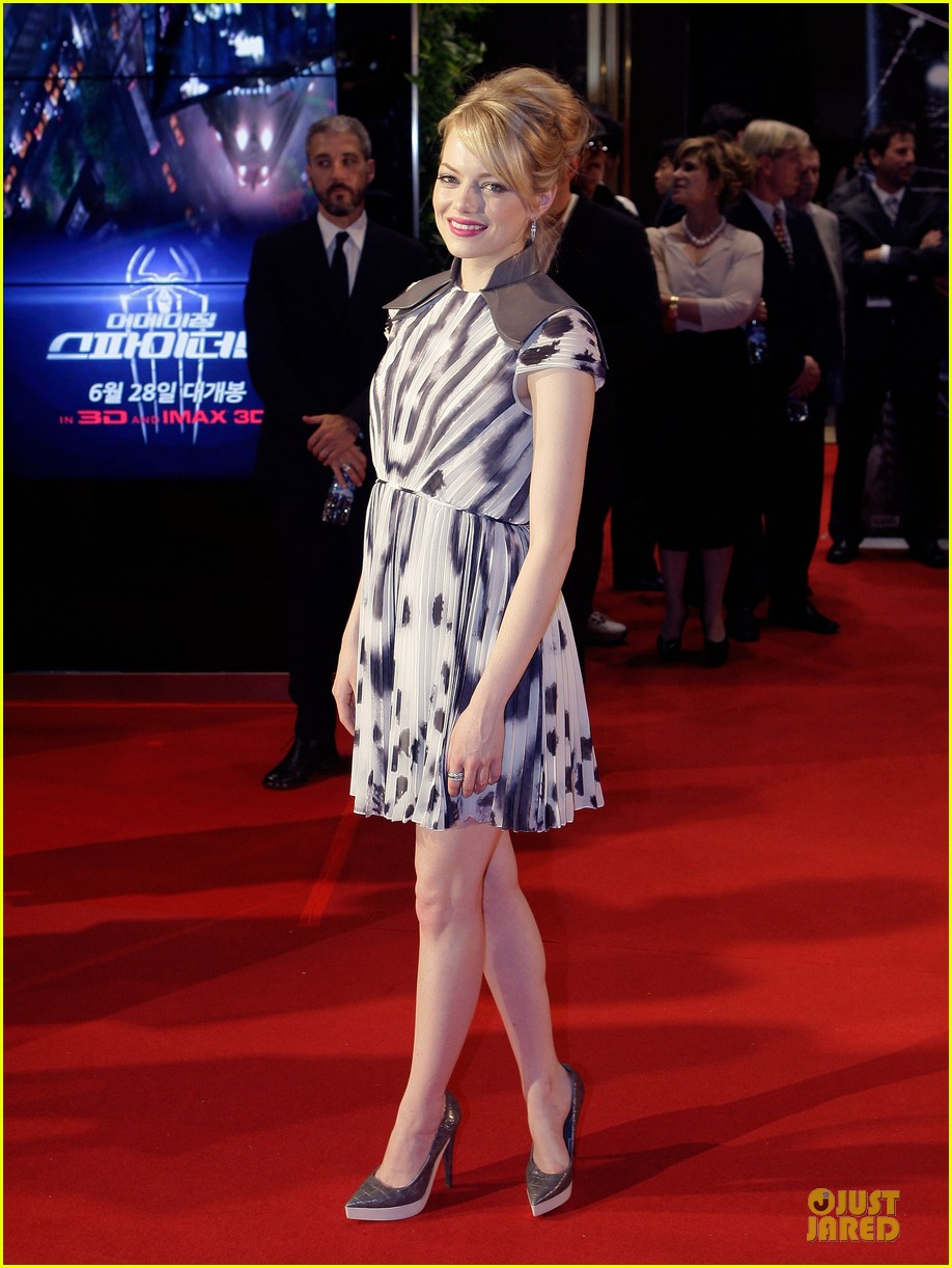 emma stone andrew garfield spider man seoul premiere 10