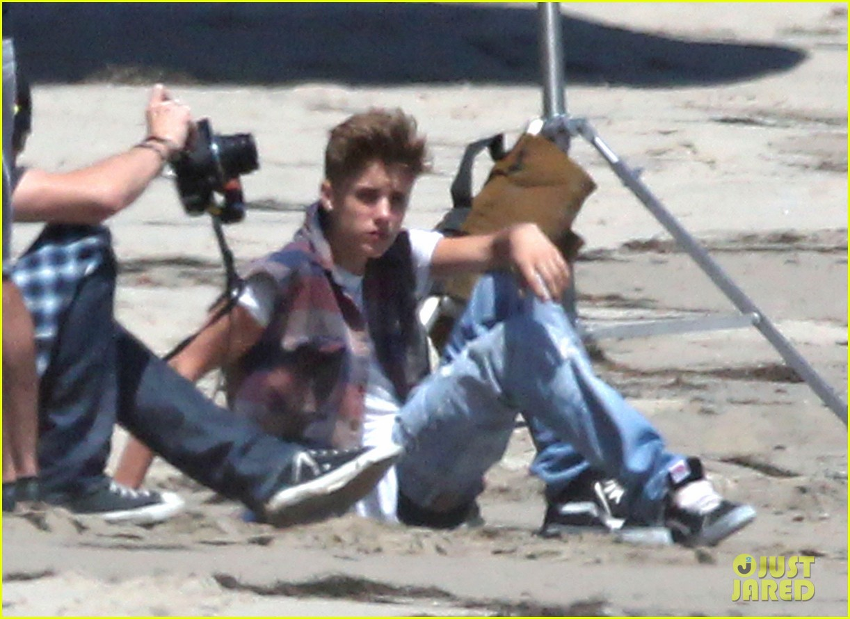 justin bieber beach photo shoot sky 03