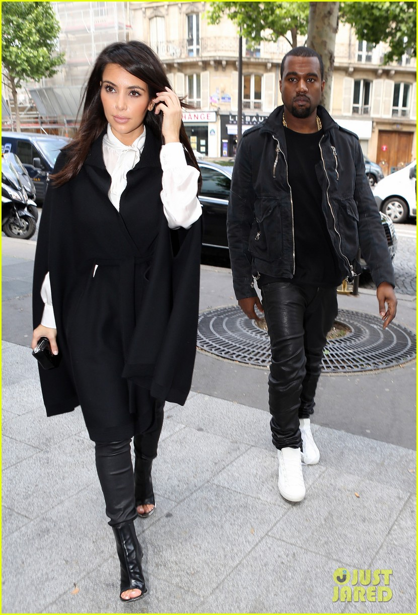 kim kardashian kanye west la villa couple 03