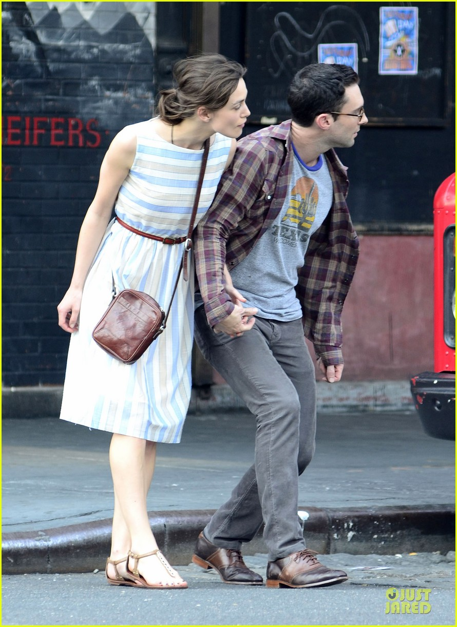 keira knightley adam levine song save life set 072680979