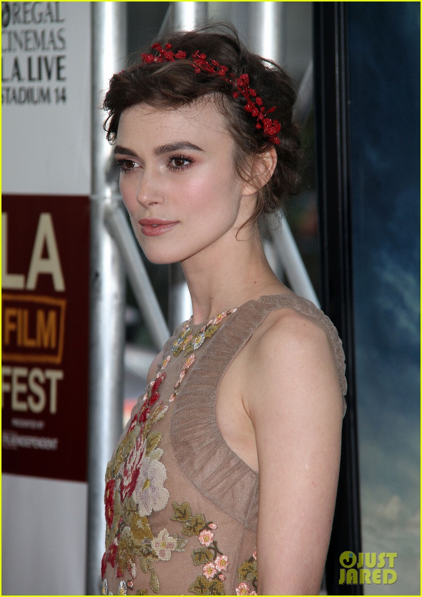 keira knightley seeking a friend l a premiere 04