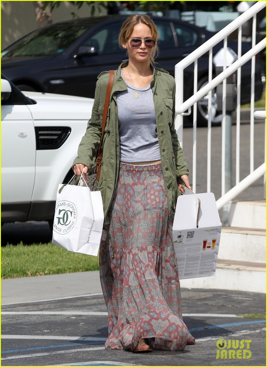 jennifer lawrence whole foods 11