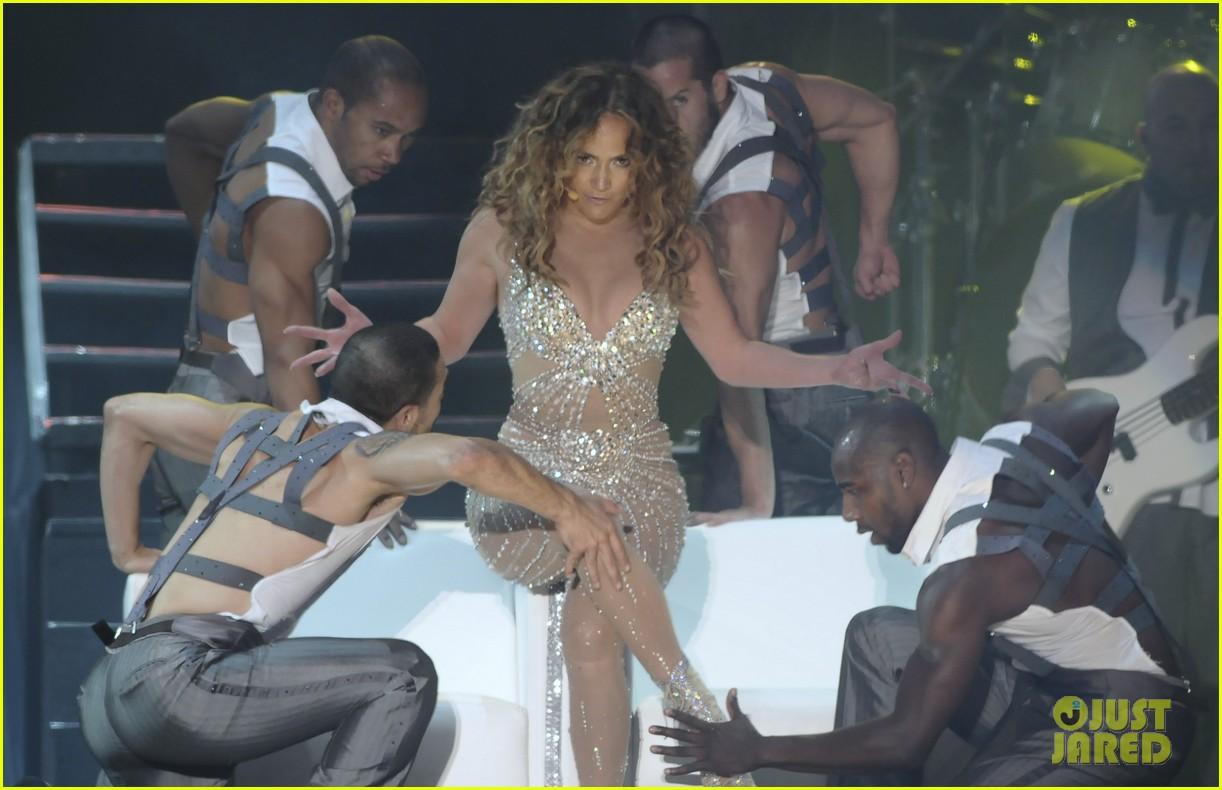jennifer lopez pop music festival 08
