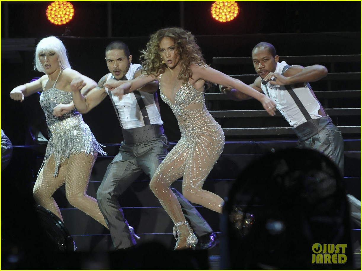 jennifer lopez pop music festival 20