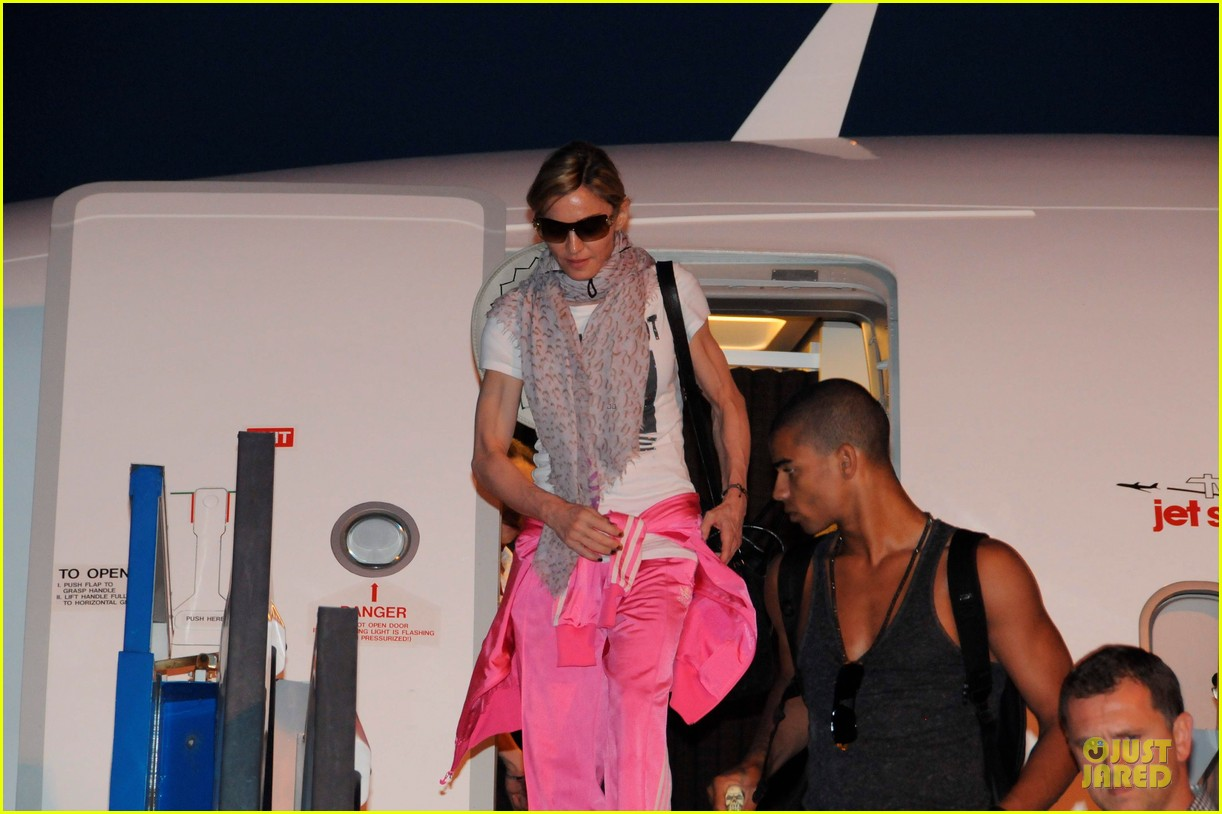 madonna brahim zaibat turkey touch down 01