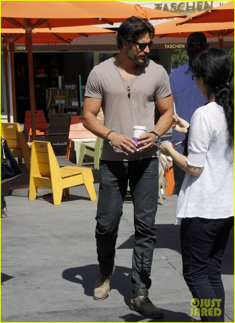 joe manganiello extra appearance 11
