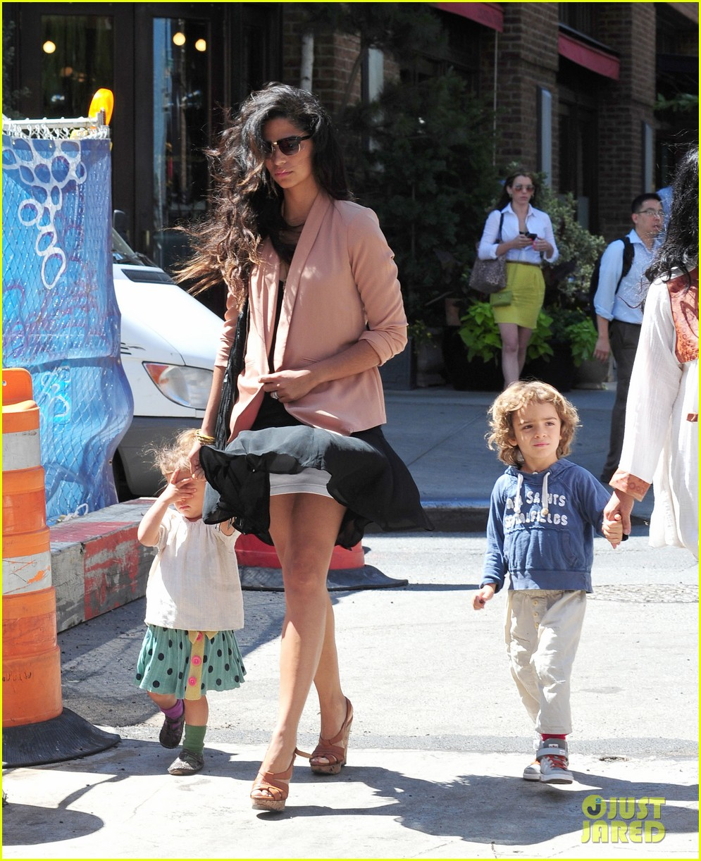 matthew mcconaughey camila alves out and about 022680368