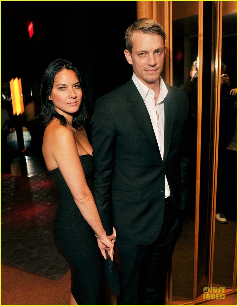 olivia munn joel kinnaman lola versus 01